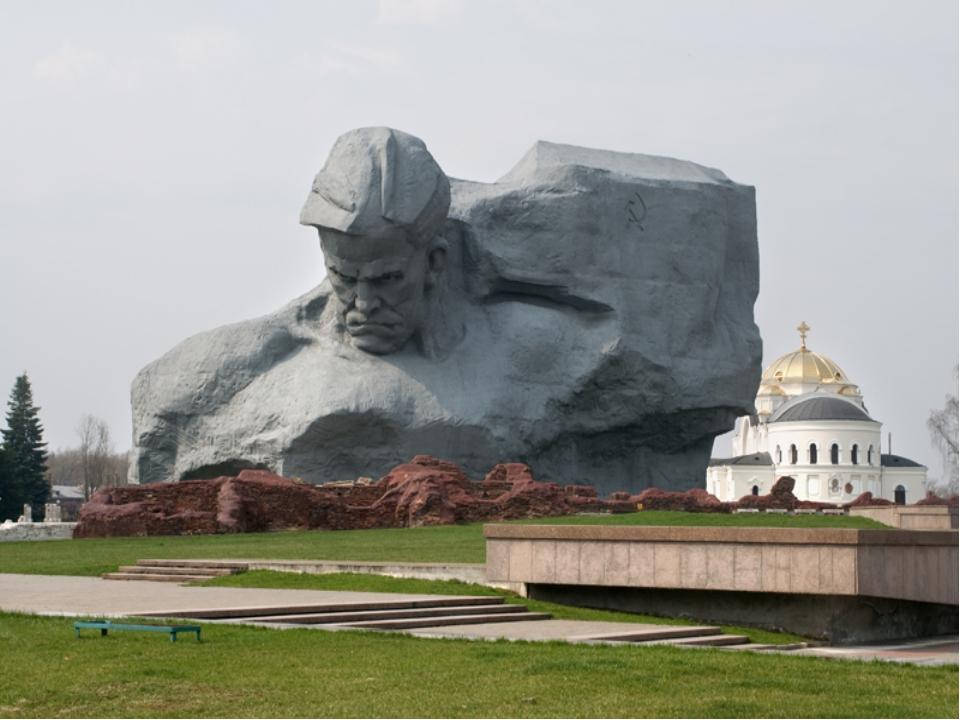 Брестская крепость «СПАСИБО ЗА ЖИЗНЬ!»