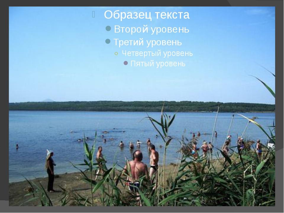 Главное богатство озера – лечебные грязи